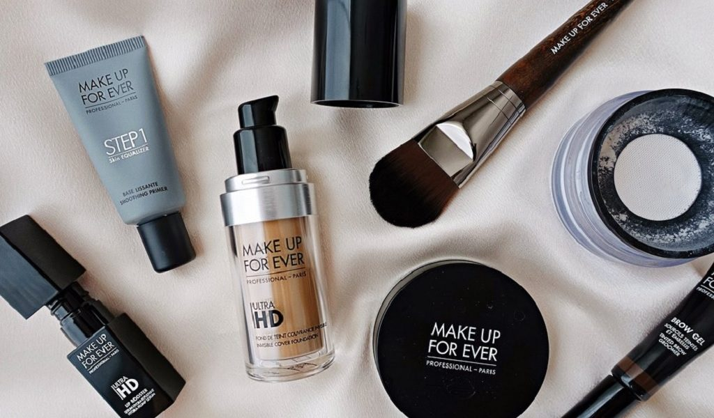 Best Face Makeup for Perfecting Your Complexion